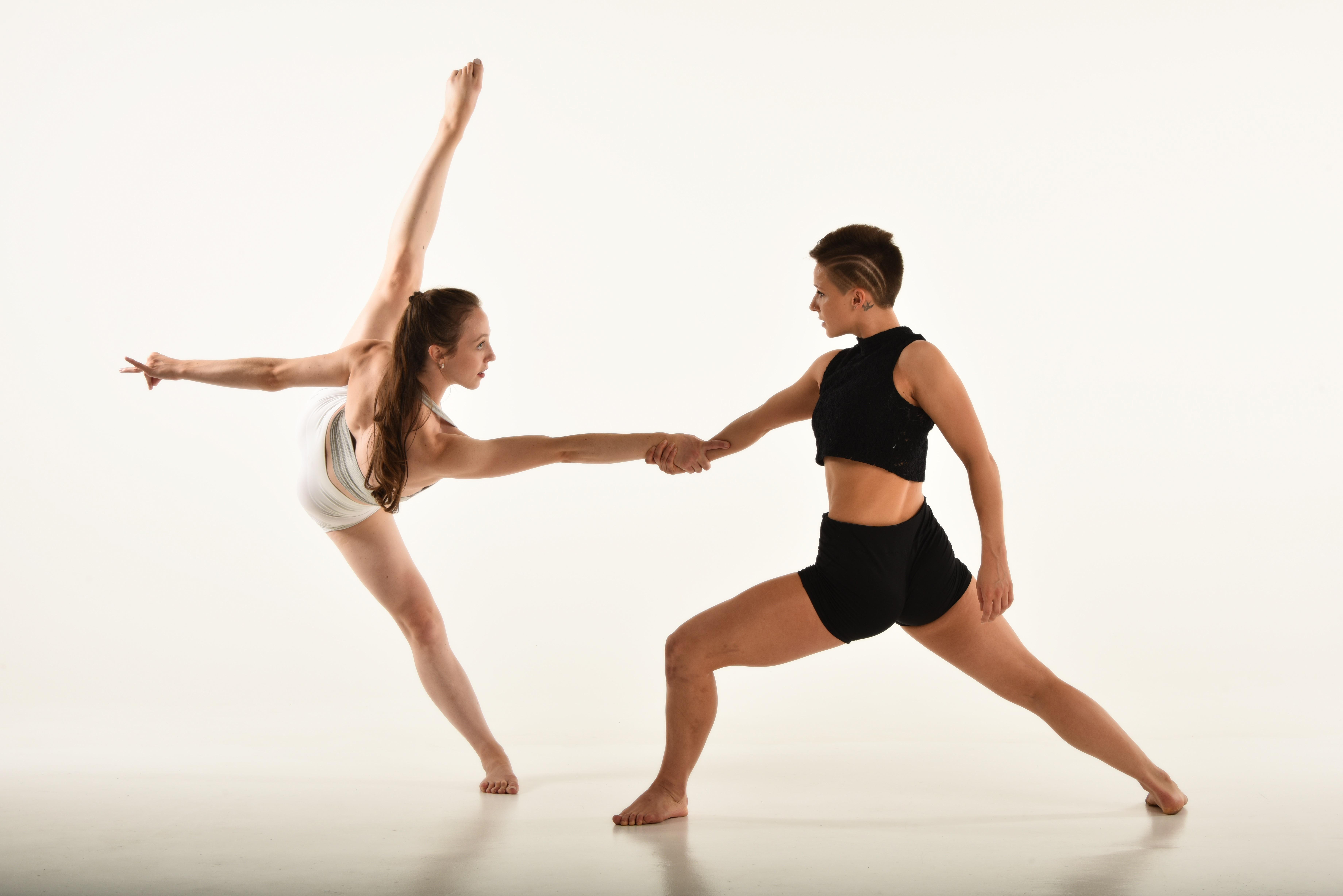Joss Arnott Dance © Brian Slater