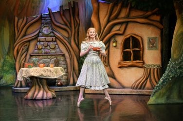 Jenny Hackwell as Goldilocks. Photo Brian Slater